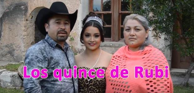 Lo reciente sobre los quince de Rubí Todo empezó como un simple error del fotógrafo, ya que subió un video que se supone era solamente para familia, amigos y los vecinos de la comunidad de La Joya en San Luis Potosí.